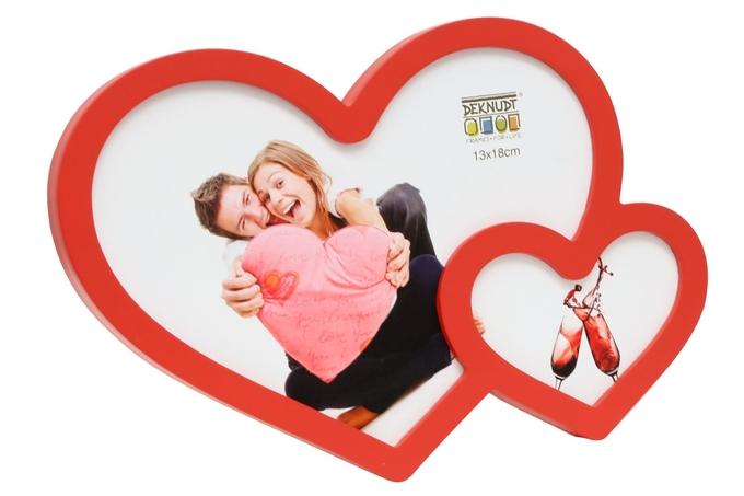 roter Bilderrahmen bestehend aus einem kleinen und einen grösseren Herz