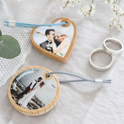 Schlüsselanhänger in Herzform und Kreisform mit Fotos bedruckt